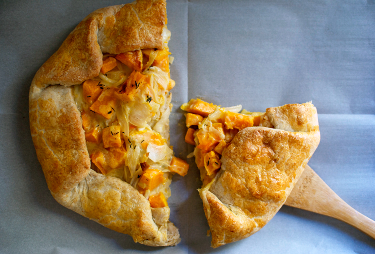 butternut-squash-caramelized-onion-galette