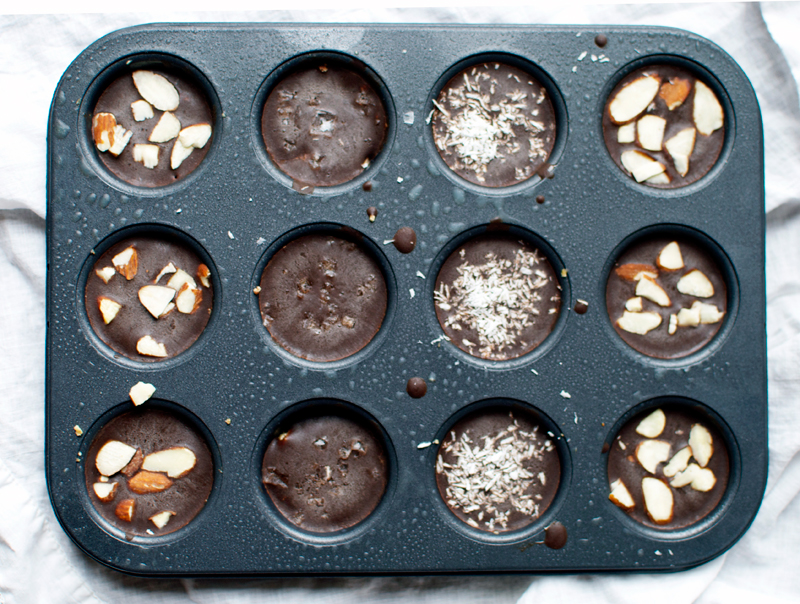 healthy-chocolate-almond-butter-cups