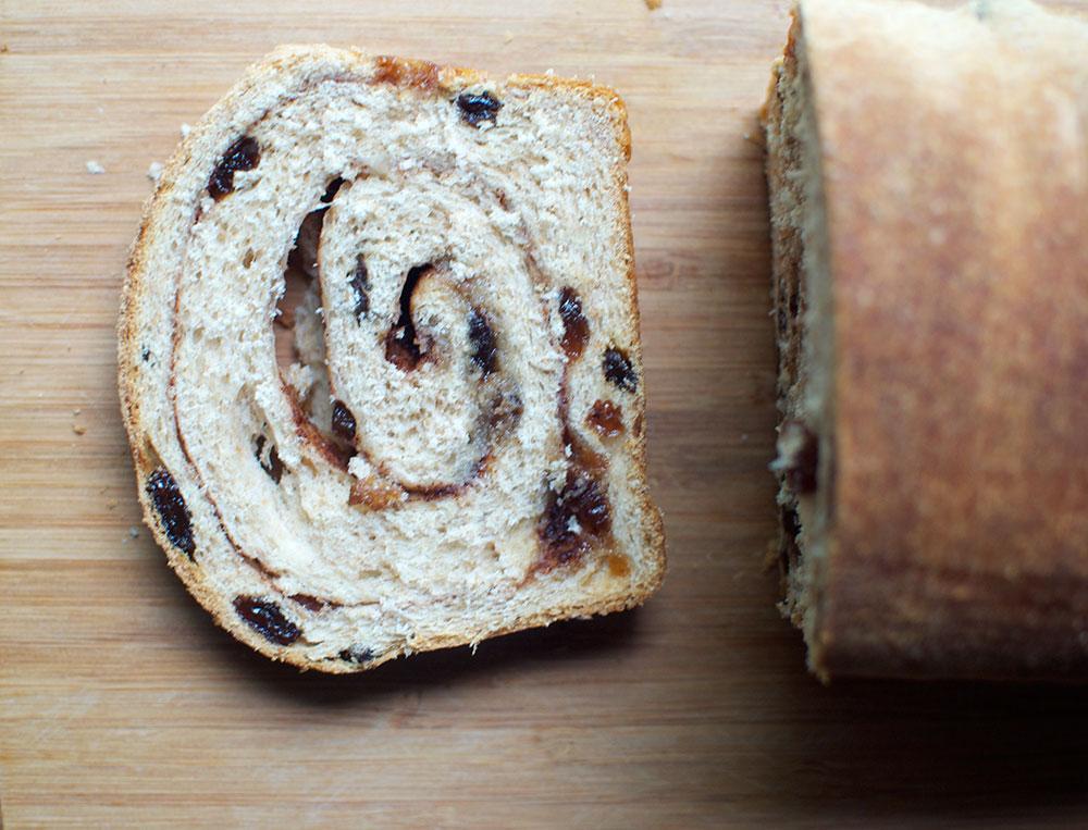 cinnamon-raisin-swirl-bread