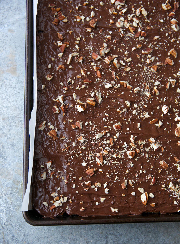 Chocolate Caramel Saltine Bark