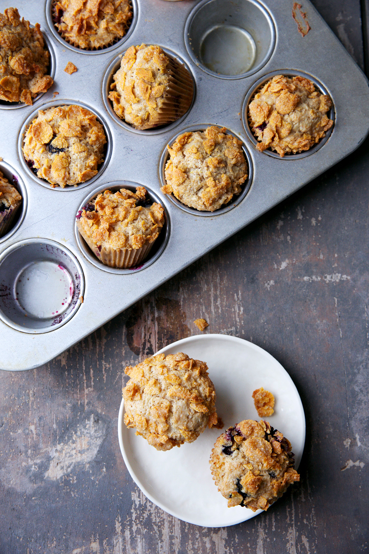 Blueberry Muffins With Crunchy Cornflake Topping