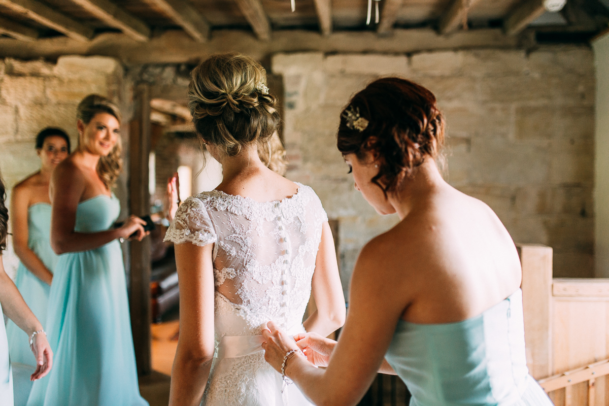 Hendall Manor Barns Wedding Artistic Documentary Creative Photography Joanna Nicole Photography (22 of 109).jpg
