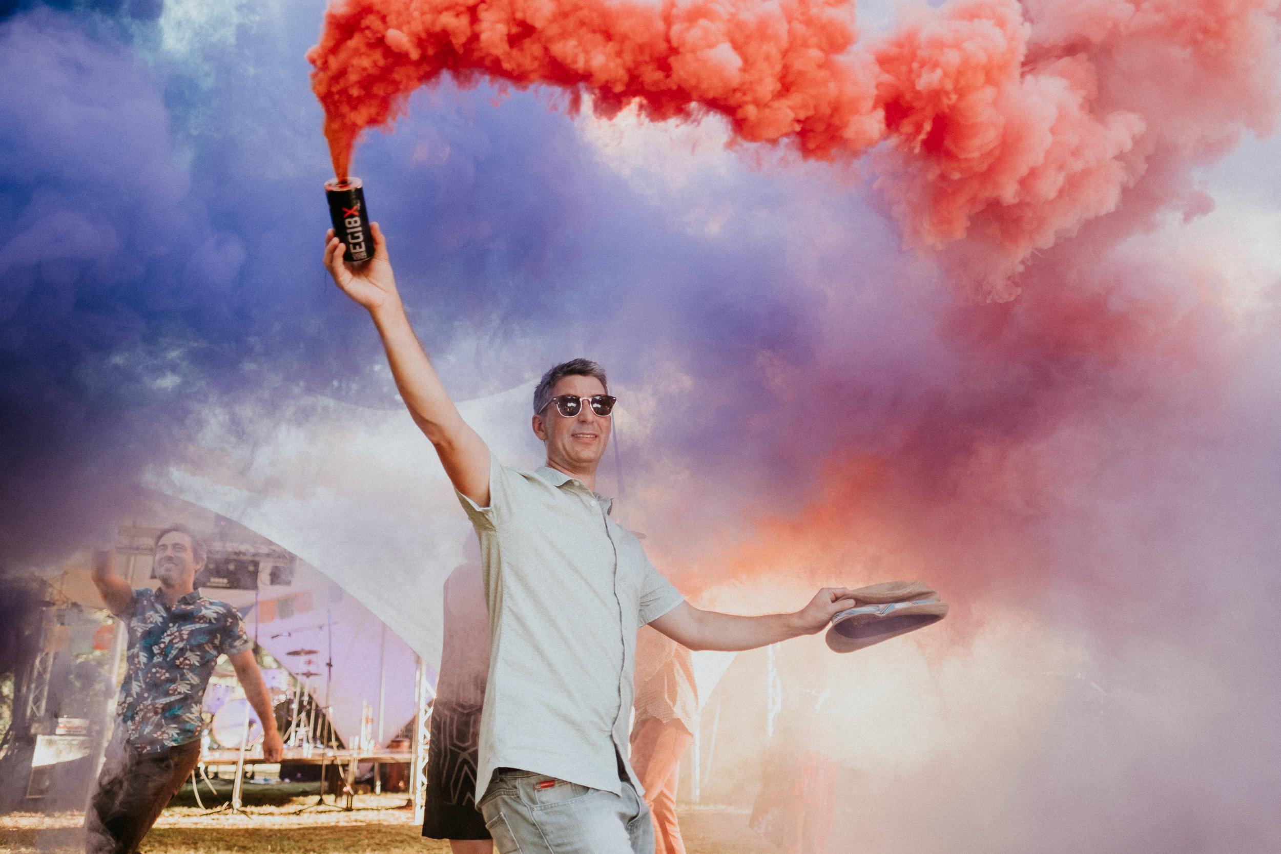 7 Festival wedding smoke bombs fun creative cool joanna nicole photography2.jpg