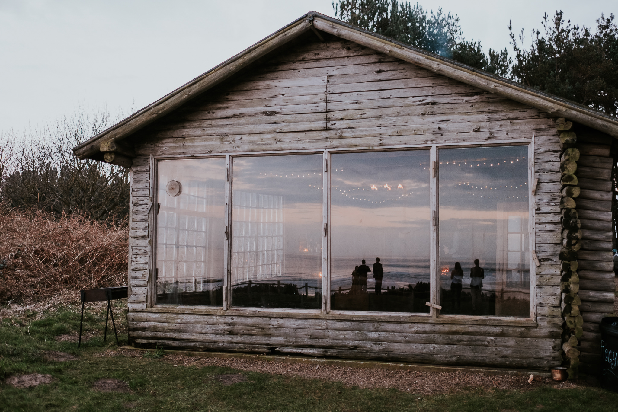 10 Phoebe + Holt Ravensheugh Log Cabin Joanna Nicole Photography (110 of 139).jpg