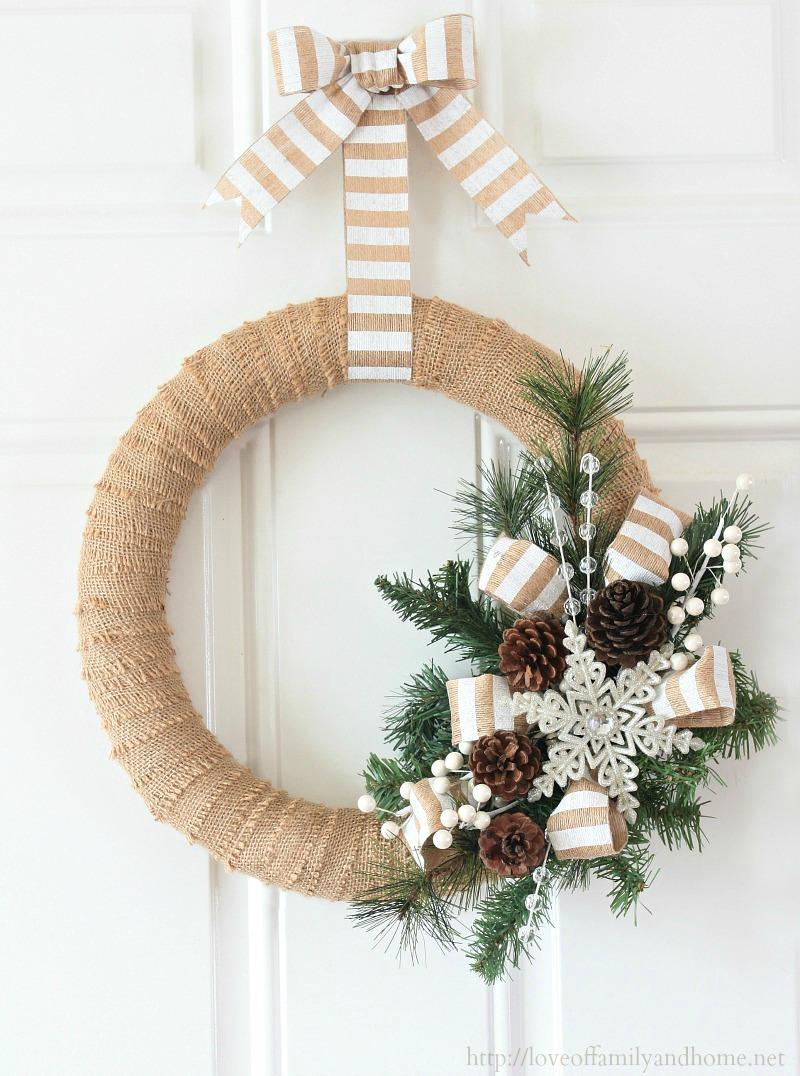 burlap-christmas-wreath-2.jpg