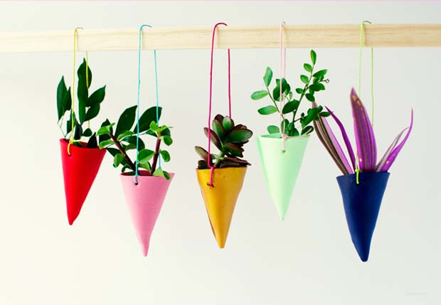 620x429xDIY-Miniature-Hanging-Garden-by-Penelope-And-Pip-Finished4.jpg.pagespeed.ic.3rRzibXGC9.jpg
