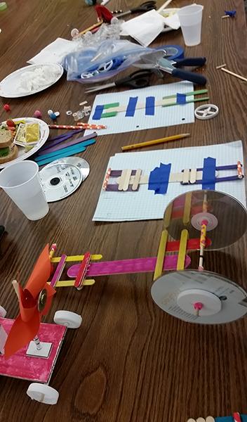Boys&Girls Club Eurekus Racer Workshop (8).jpg
