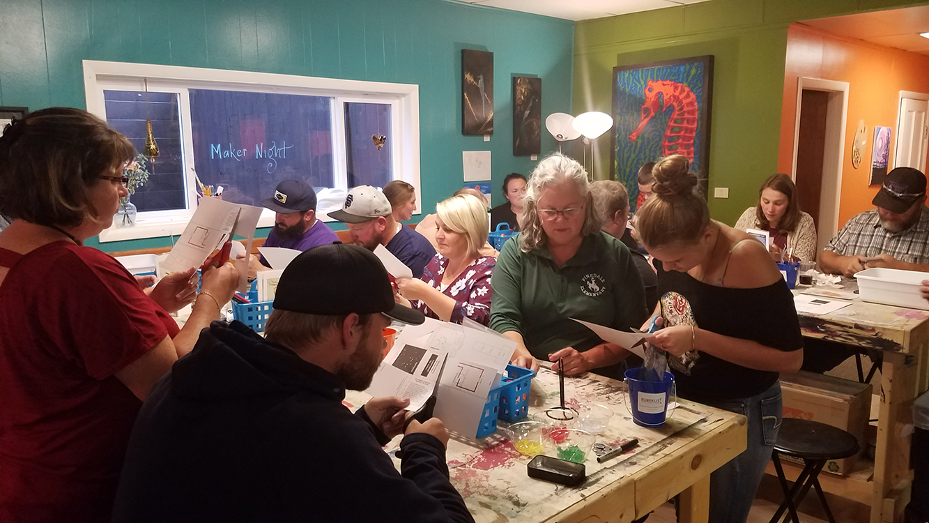 Pinedale Maker Night (10).jpg