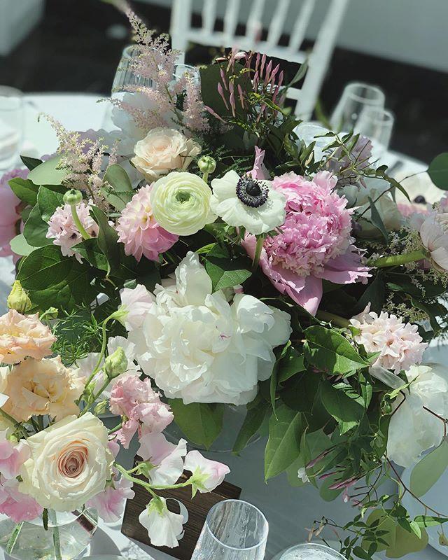 F L U F F !  #peonies #weddingseason #springwedding #beautifulthings #blushdesignsNY