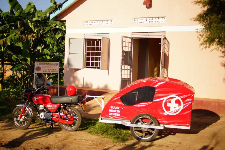 In 2010, Mama Hope partnered with the Mukisa family to fulfill their dream of providing health care to their community in Budondo.