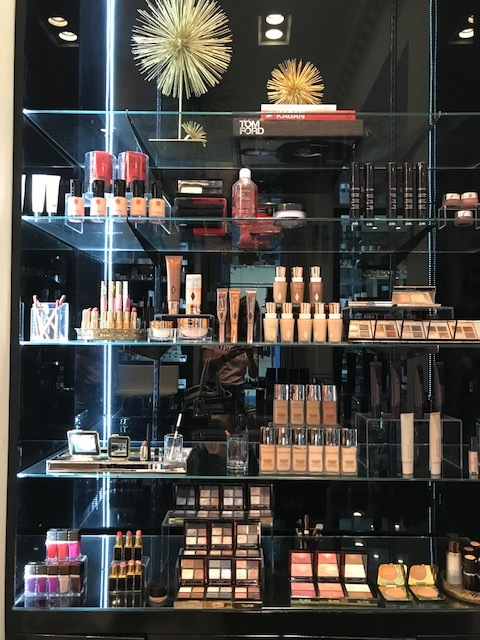 - The makeup selection is edited and neatly displayed.