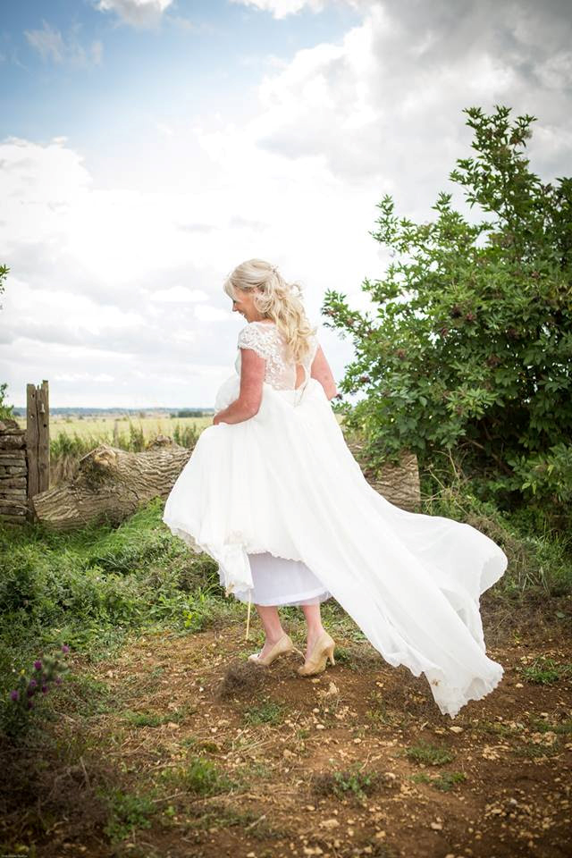 Gorgeous Jenny in her Charlotte Balbier 'Lilly Mae' gown. Utterly romantic and beautiful. x