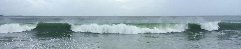 surf in coastal mexico