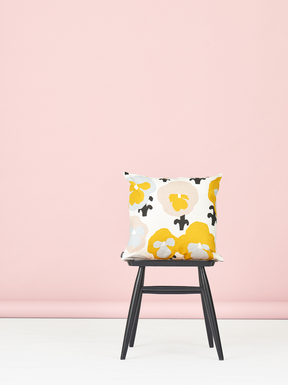 Kauniste Orvokki Cushion