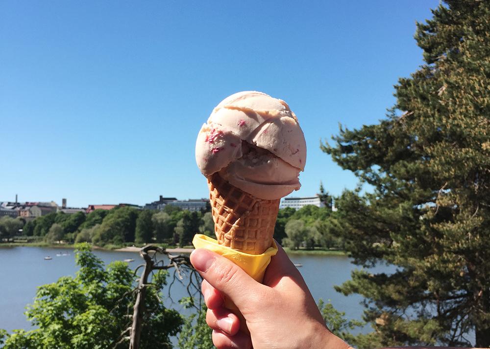 Kauniste_ice_cream2 copy.jpg