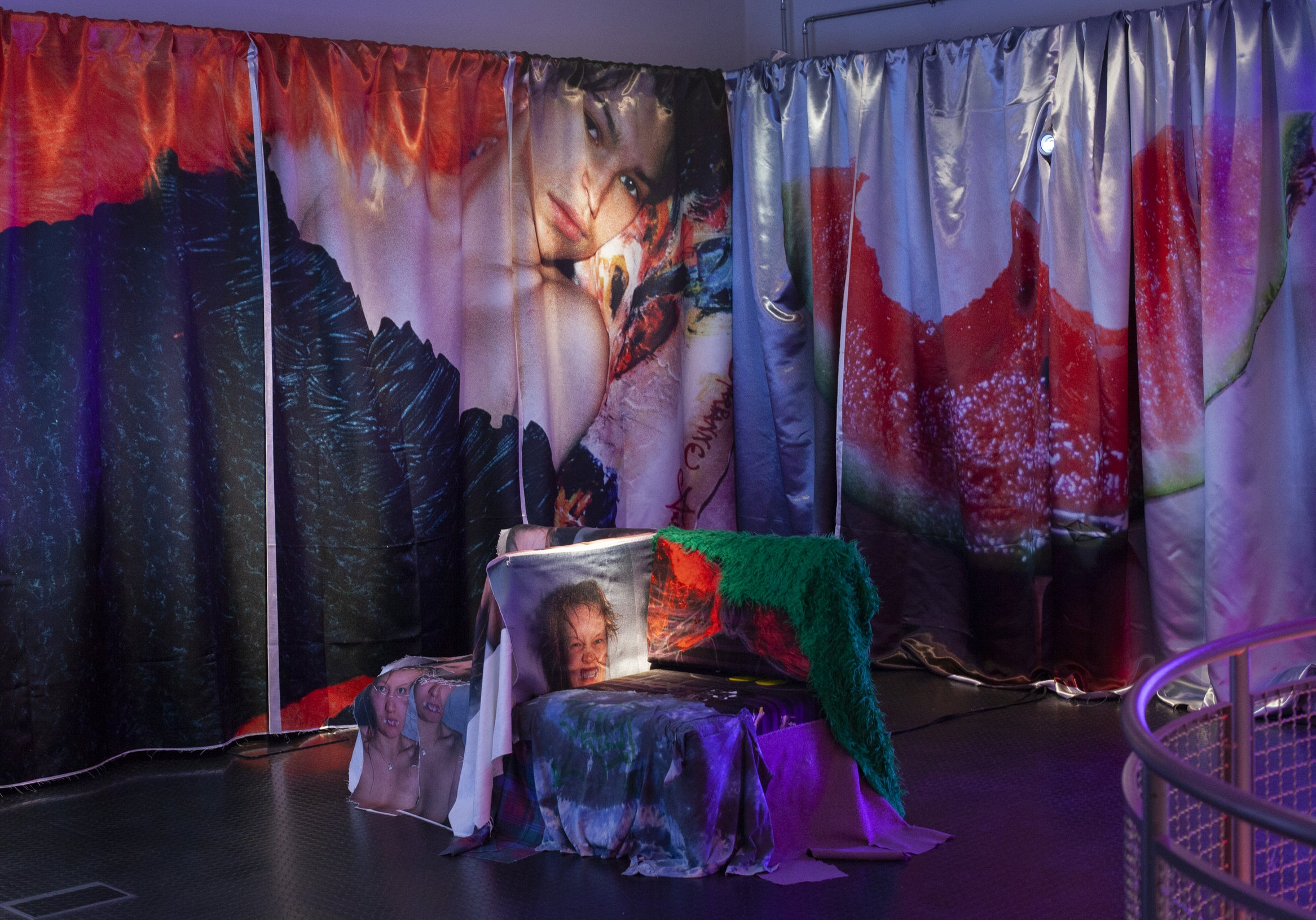 Collective_Festival_2018_Exhibitions_Maria_Pasenau_Photo_by_Sonja_Eike-1.jpg
