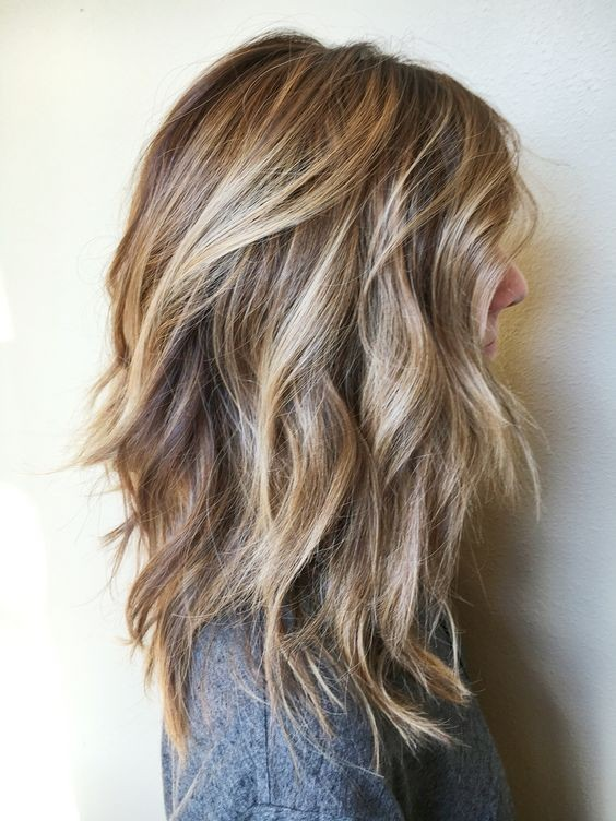 Messy-Curly-Hairstyles-for-Shoulder-Length-Hair-2017-Blonde-Brown-Balayage-Hair-Style.jpg