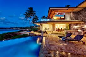 Diamond Head Home Inspections certified inspectors complete a thorough exterior inspection.    Oahu Home Inspector, Oahu Home Inspections, Honolulu Home Inspector, Honolulu Home Inspections
