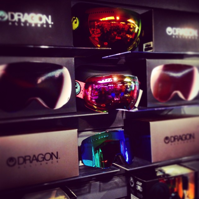 Ski Tak Hut now carries @dragonalliance goggles!