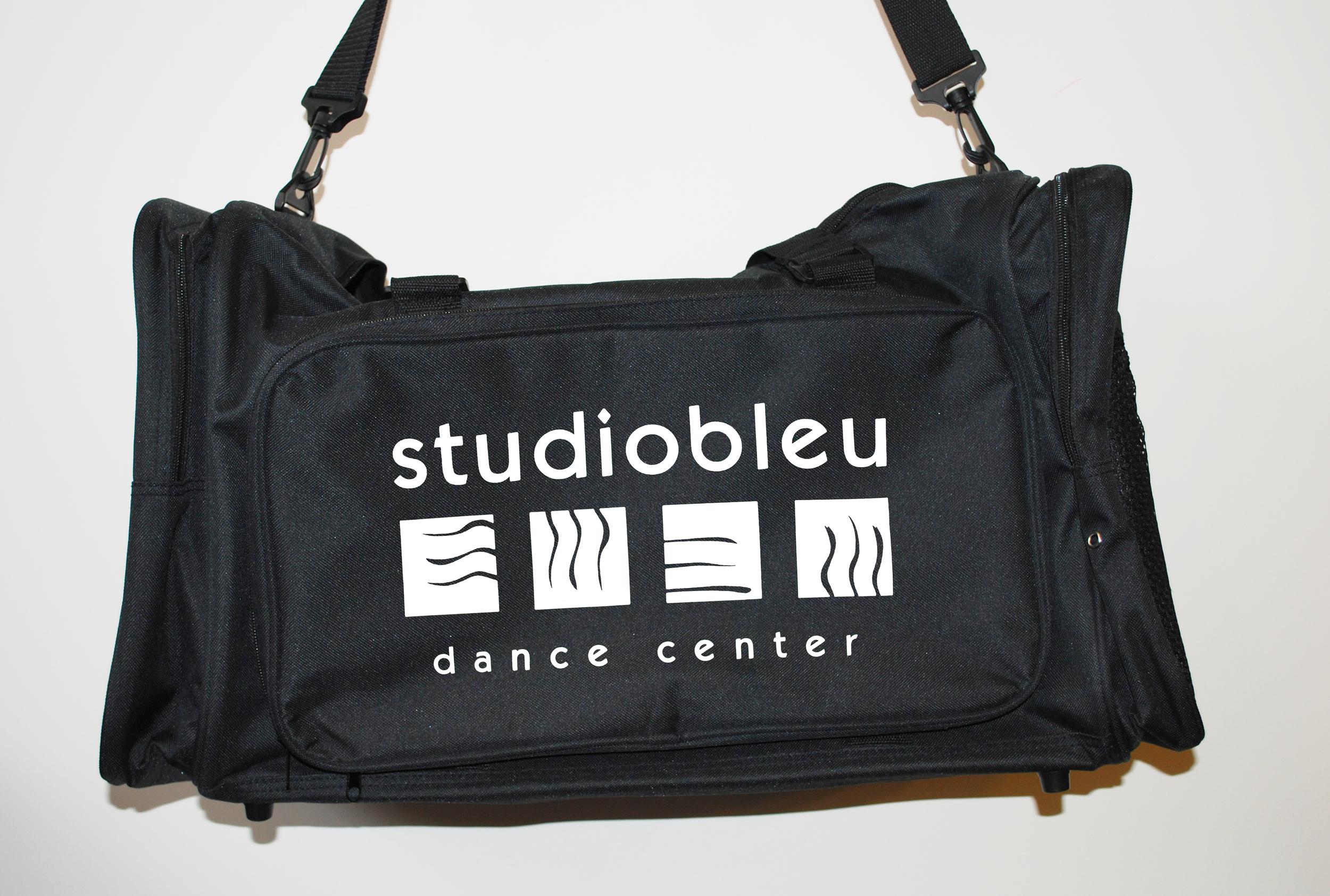 6 Duffle Bag ink.jpg