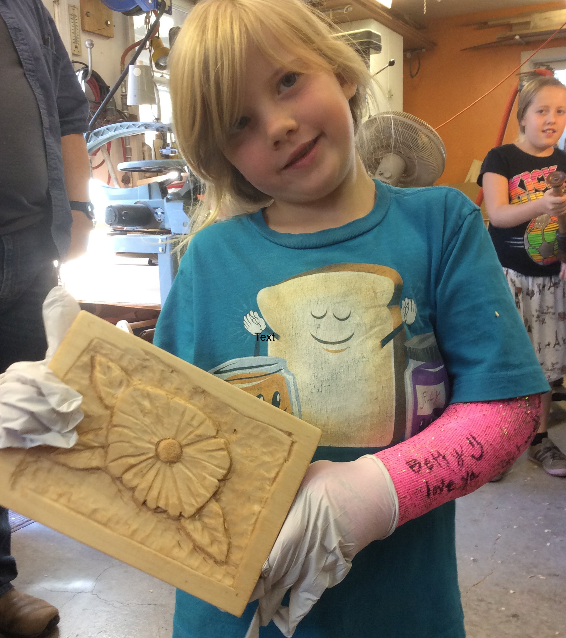 Echo's little sister, 5 and 3/4 year old Sephy, finished her flower. She didn't let a broken arm keep her from finishing.