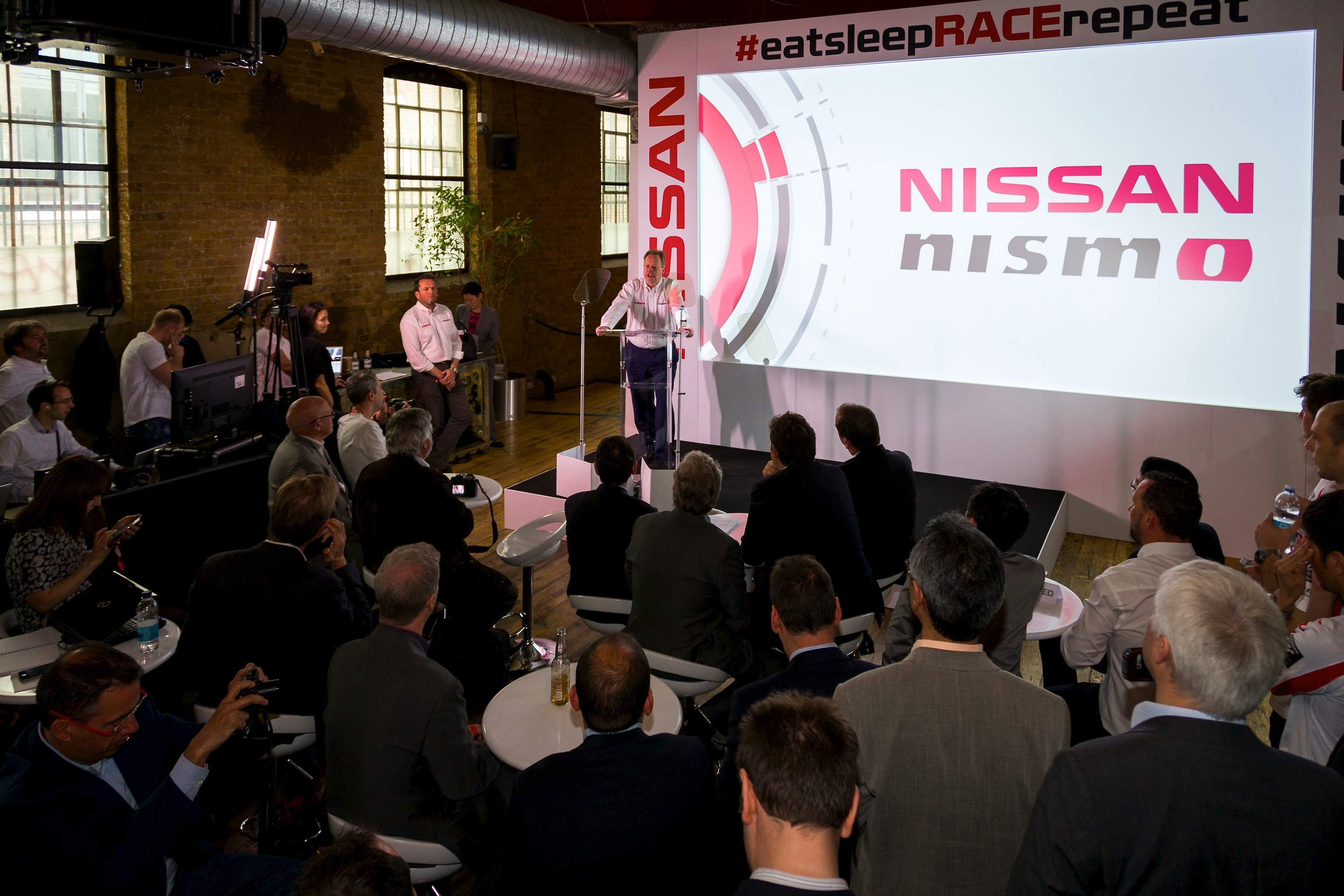 nissan_LMP1_launch_3.jpg