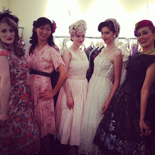 Behind the scenes with the other lovely models. From left to right is Eden, Megan, Ellen, Ehran and me! :)