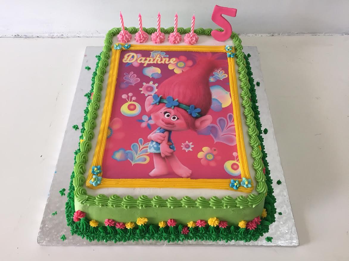 008 Trolls photo cake