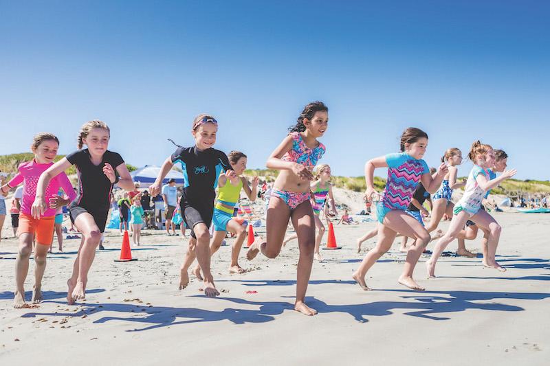 top-5-summer-adventures-warnamboolstanbach-170112-5D-Aquathon-beach-lifestyle-29.jpg