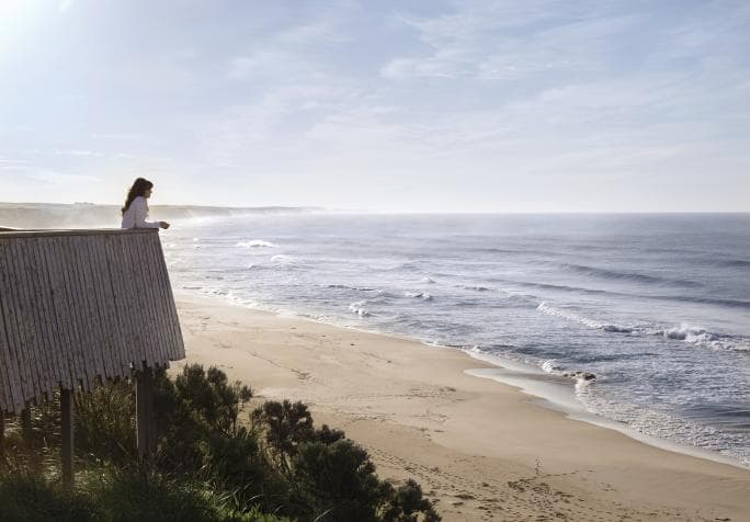 best-western-olde-maritime-hotel-accommodation-logans-beach.jpg