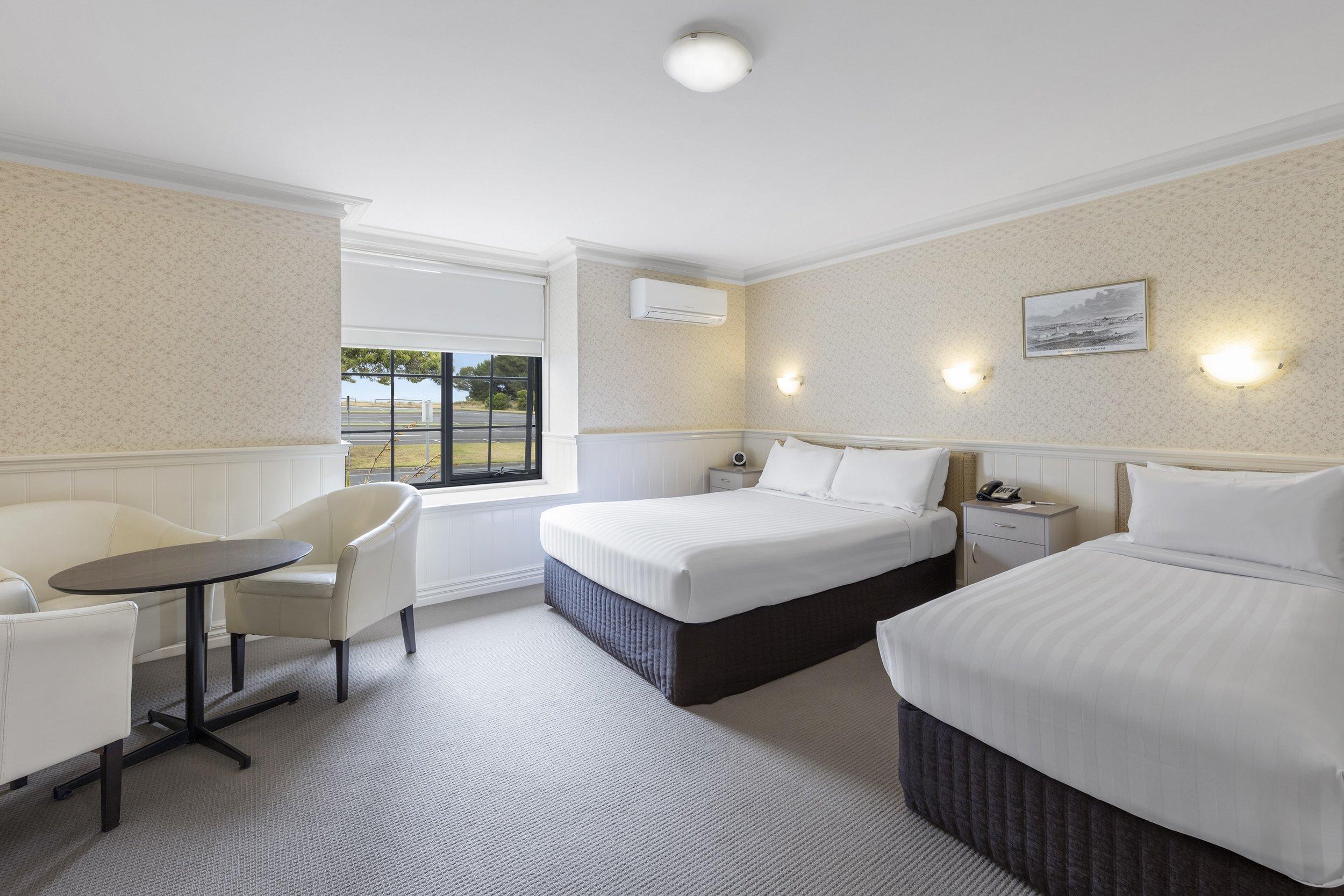 best-western-olde-maritime-warrnambool-hotel-accommodation-premium-twin-1.jpg