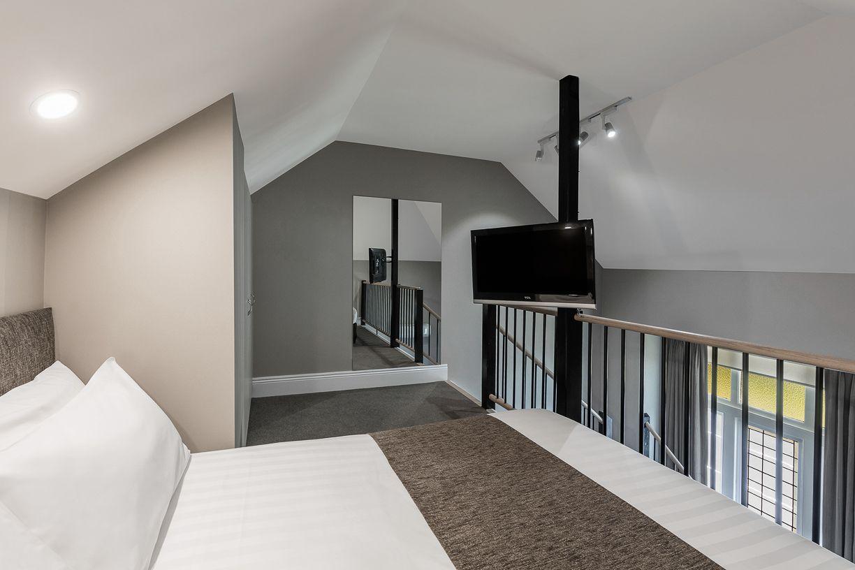 best-western-olde-maritime-warrnambool-hotel-motel-accommodation-luxury-heritage-mezzanine-room4.jpg