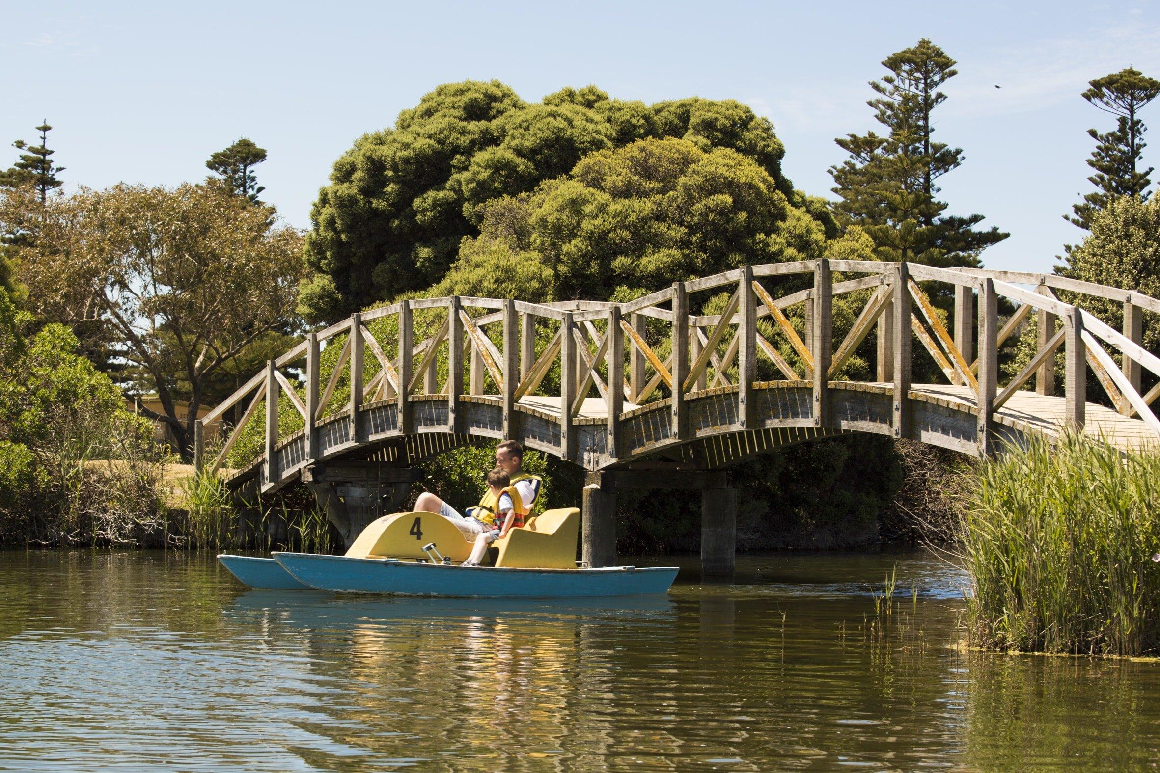 lake-pertobe-playground-warrnambool.jpg