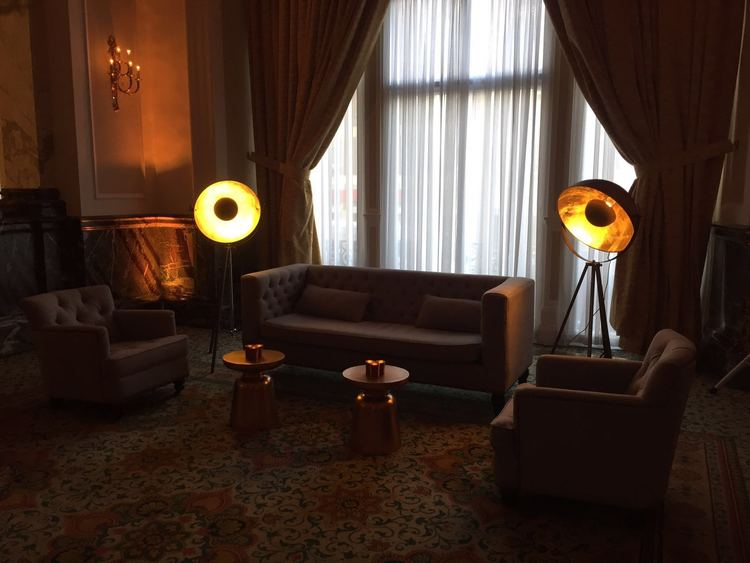 Creventive Corporate Reception Party Landmark Hotel Event Production Design Floral Furniture