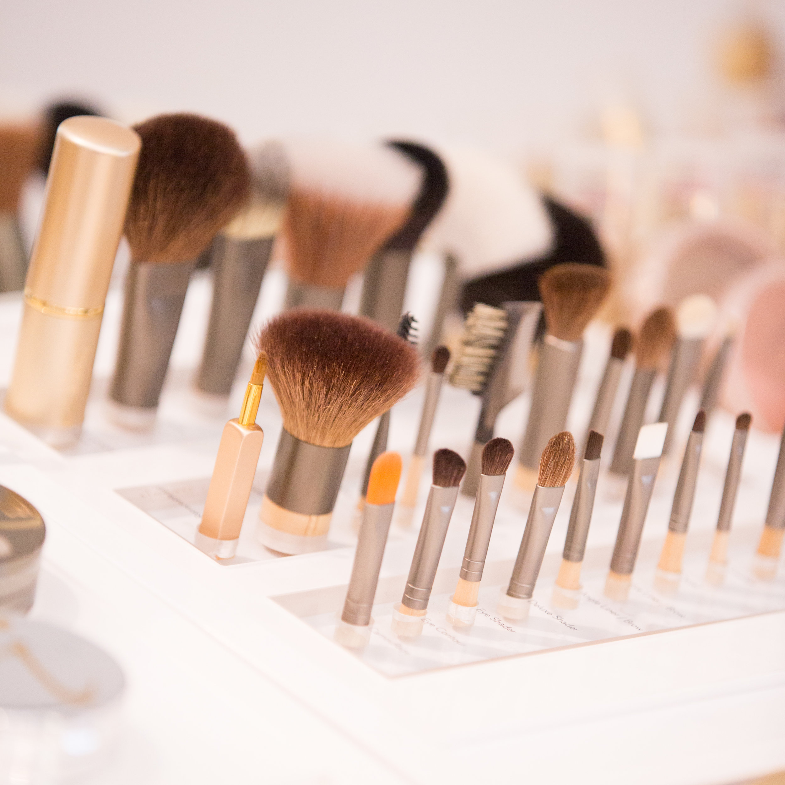 JANE IREDALE MAKEUP AT MISS FOX