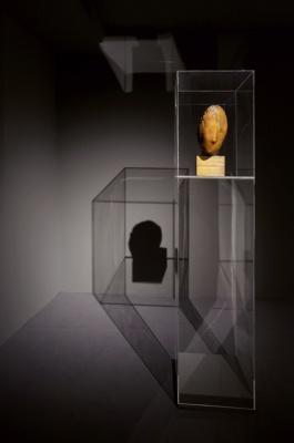 Medardo Rosso, Madame X, 1896–1898, cera su gesso. Venezia, Galleria Internazionale d'Arte Moderna di Ca' Pesaro. Ph. Andrea Sarti-CAST1466.jpg