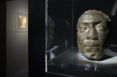 Medardo Rosso, Memnone, 1906–1913 [1902–1904], cera nera su gesso. Göteborg, Konstmuseum. Ph. Andrea Sarti-CAST1466.jpg