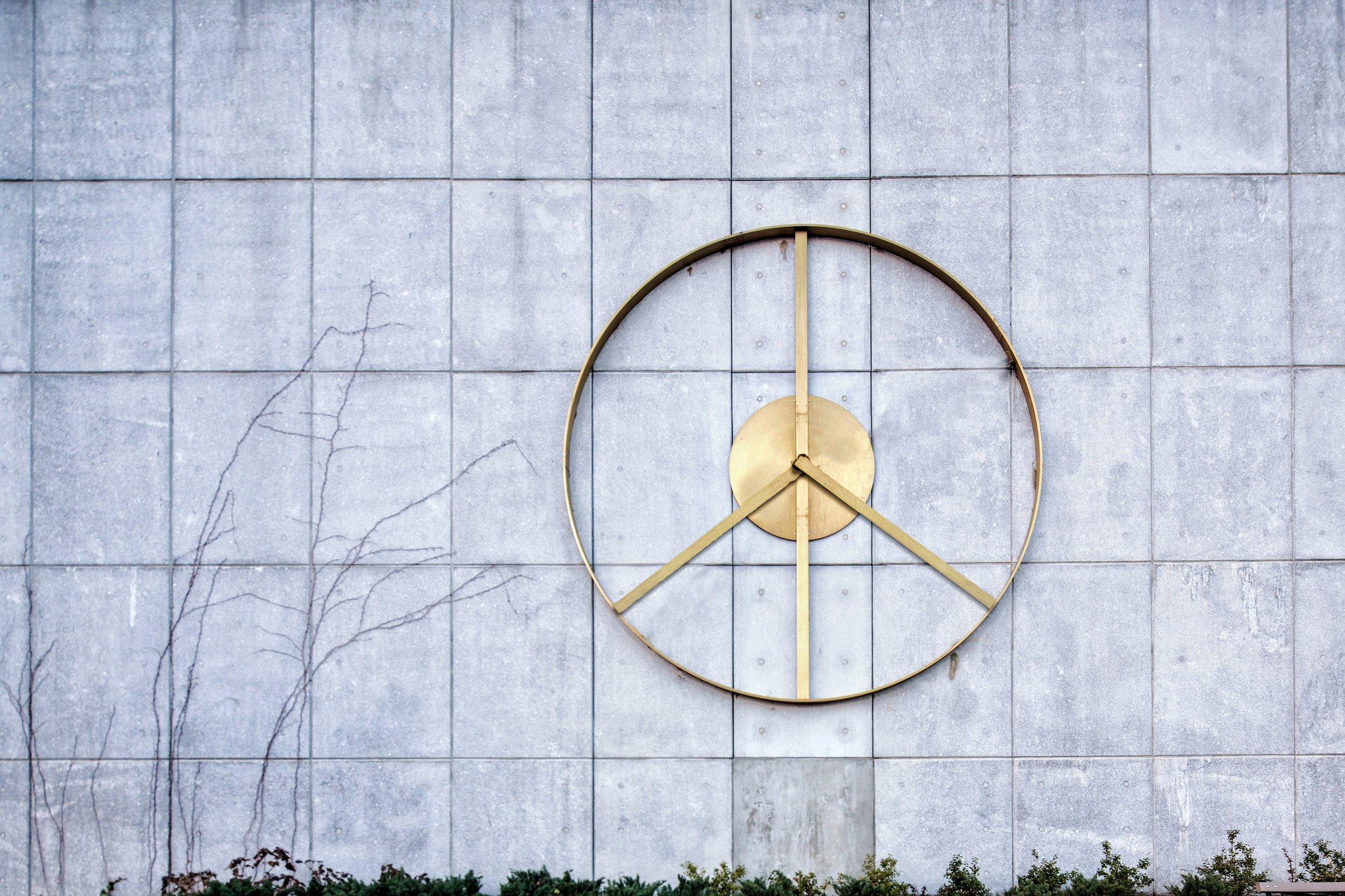 Peace Clock_Lina Viste Gronli_Sergio Pardo Lopez.jpg
