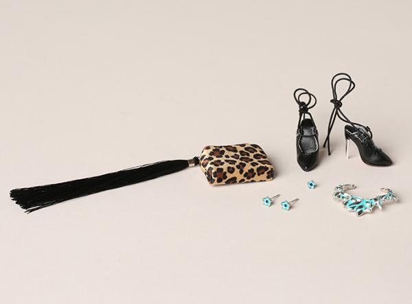 Agnes Von Weiss merveilleuse accessories