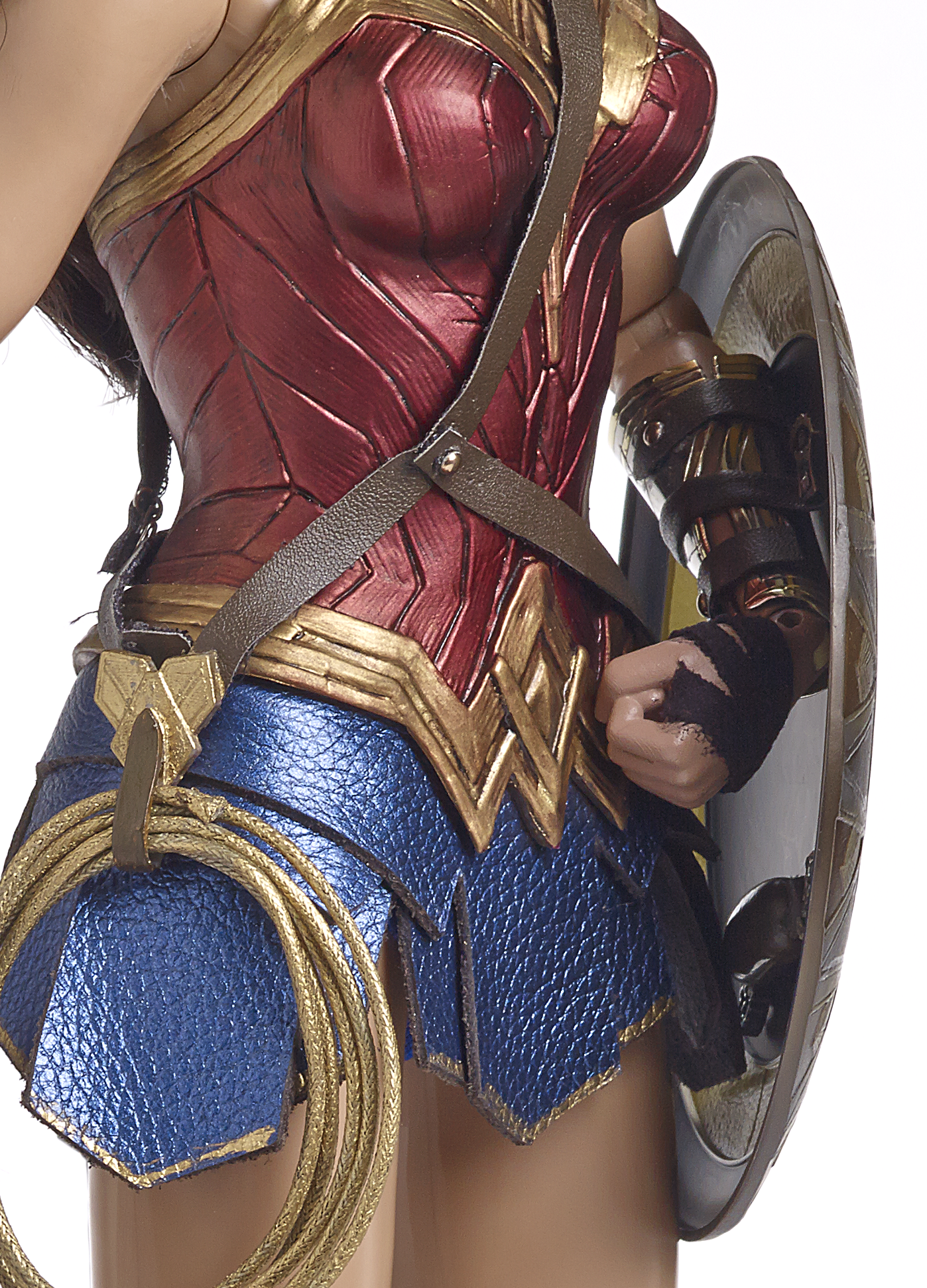 wonder woman doll inside_shield_shot.png