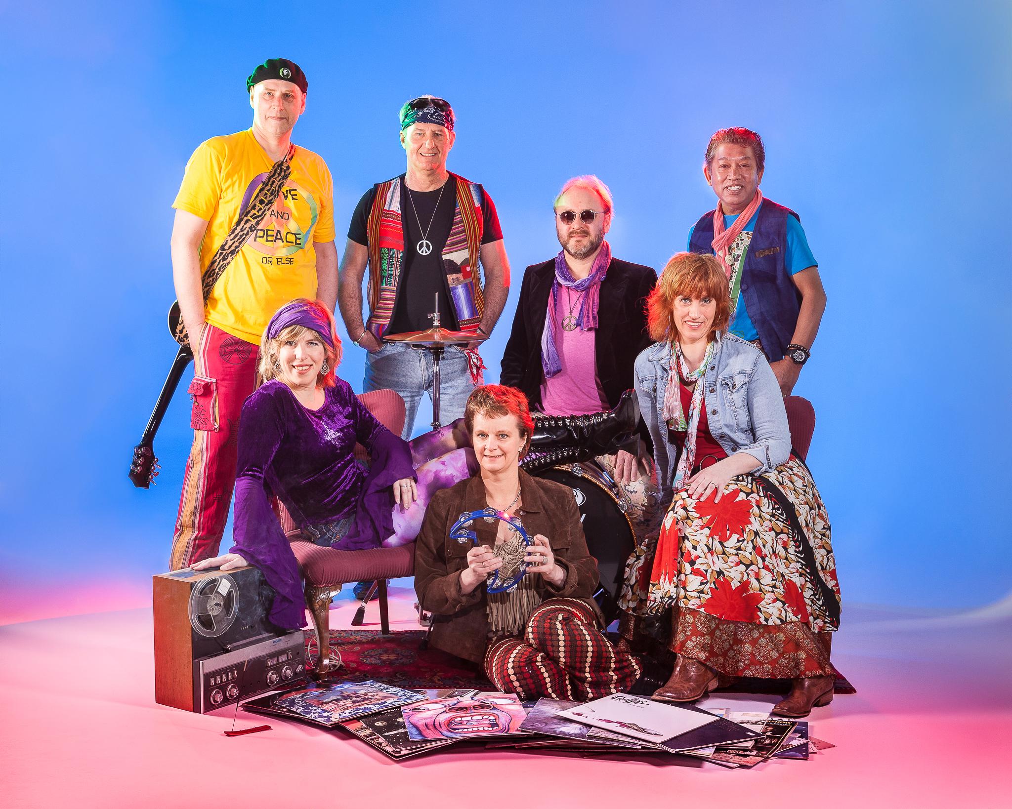 De ISALA Band, Hippie Tunes was in 2014 in  de studio van Fotograaf Zwolle .