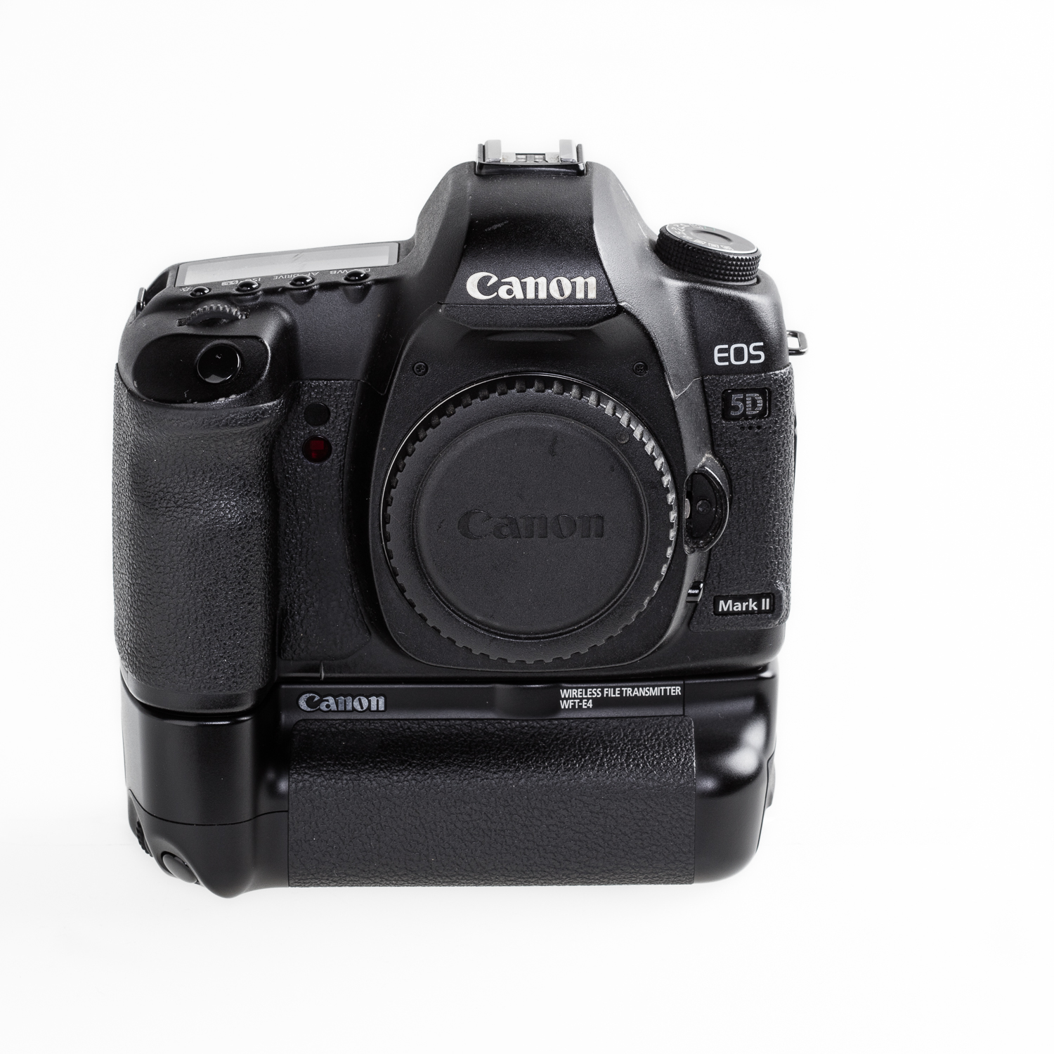 Canon 5DII met 21.1 MP full frame sensor met ruim 200.000 'actuations', hier afgebeeld met de wireless file transmitter.