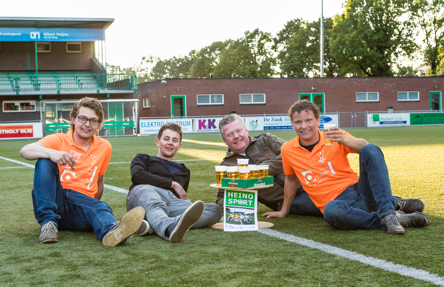 And of course we took this traditional picture on the centre spot of field 1, after which the party really kicked off!