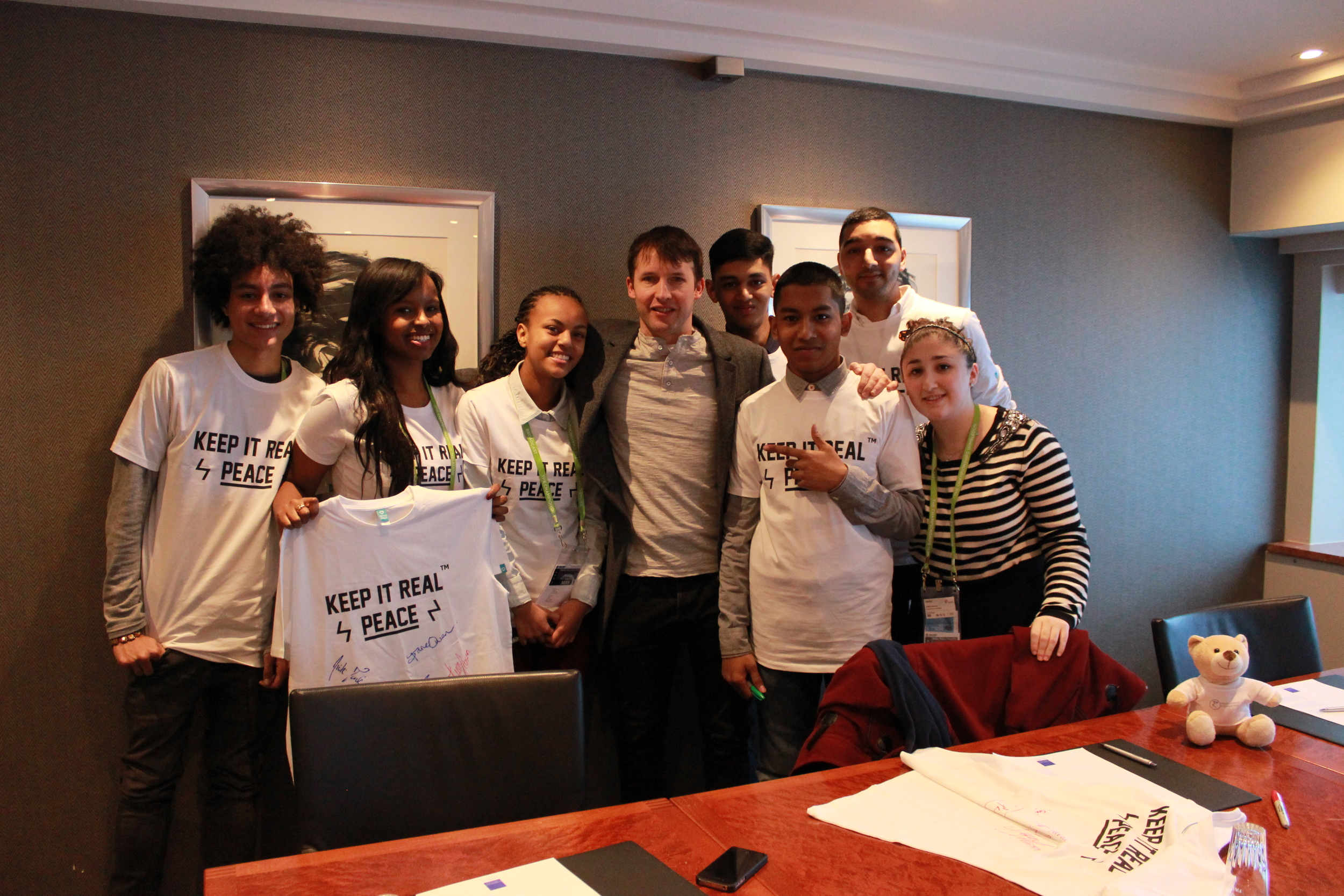 James Blunt music artist & Nobel Performer meets with Keep it Real Young Leaders group in Oslo