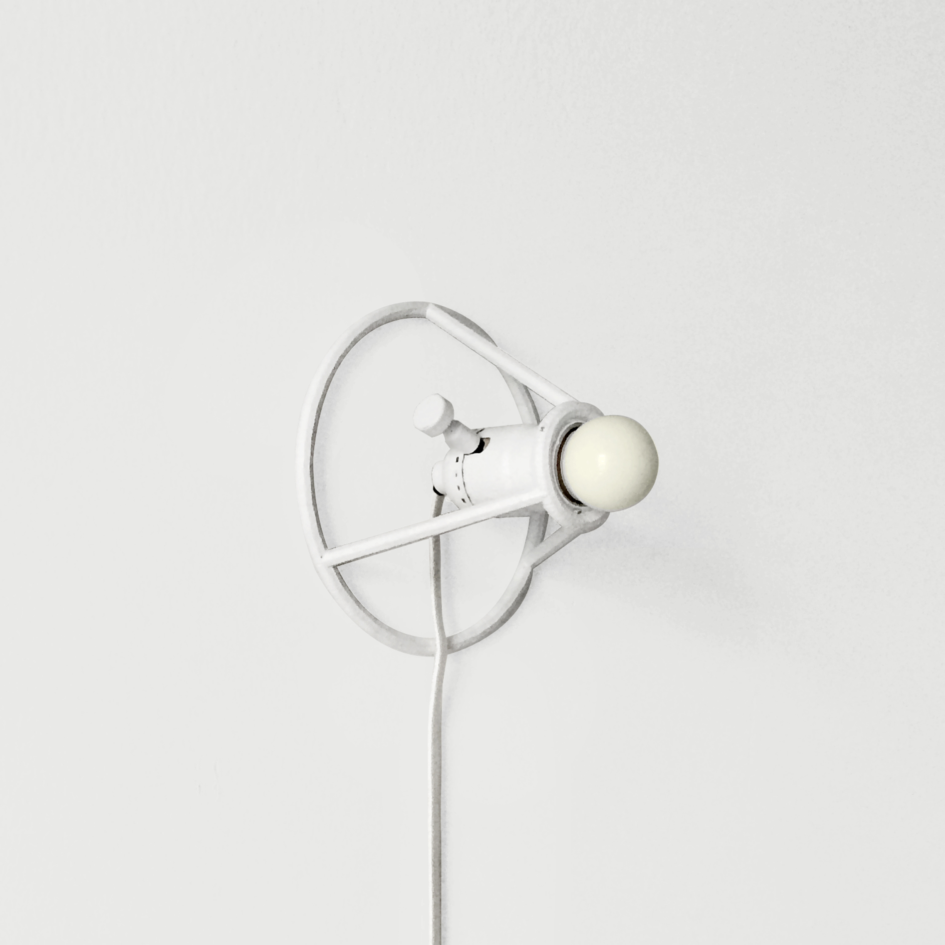 Circle-Lamp-3.jpg