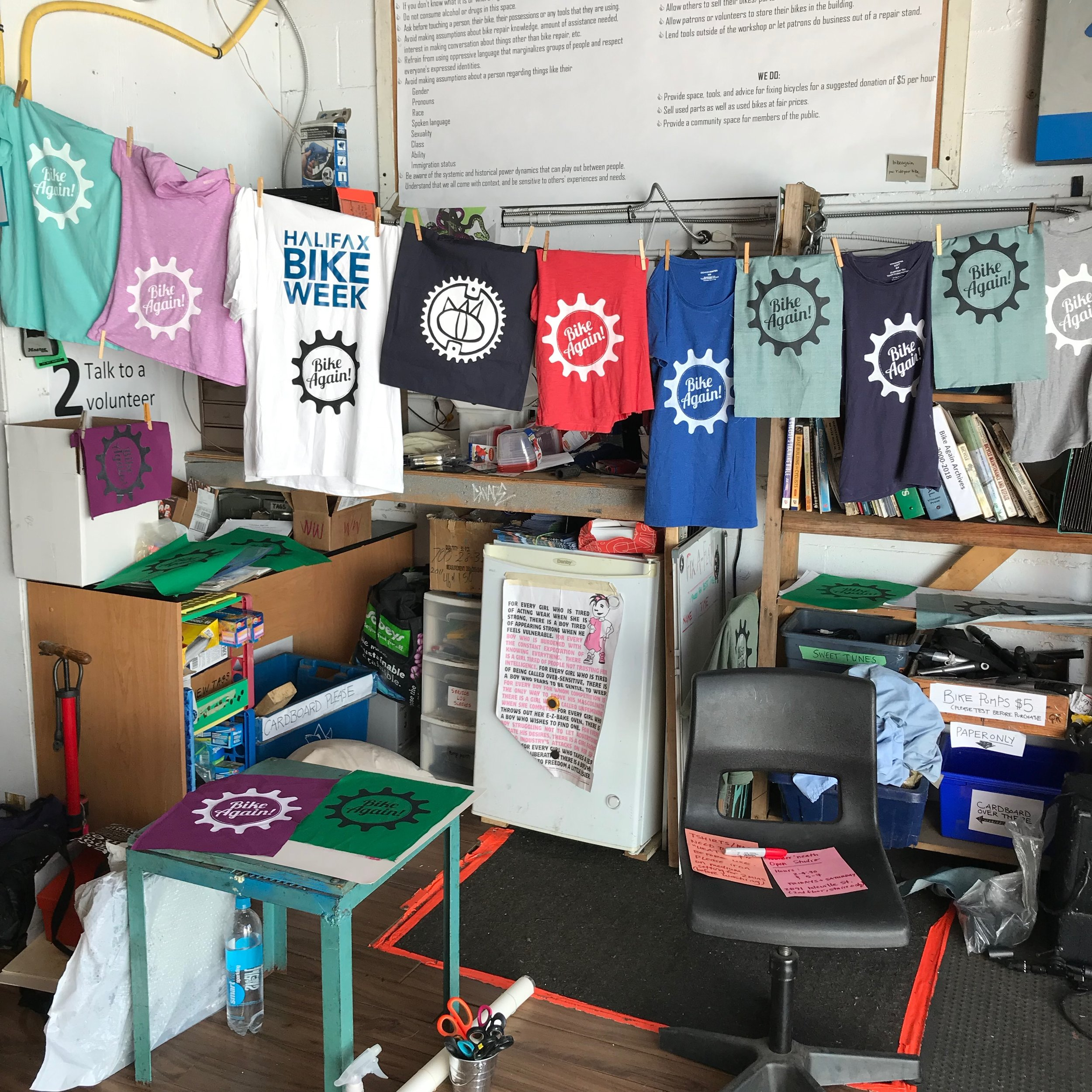 Screen printing with friends of Bike Again during their summer Open House!