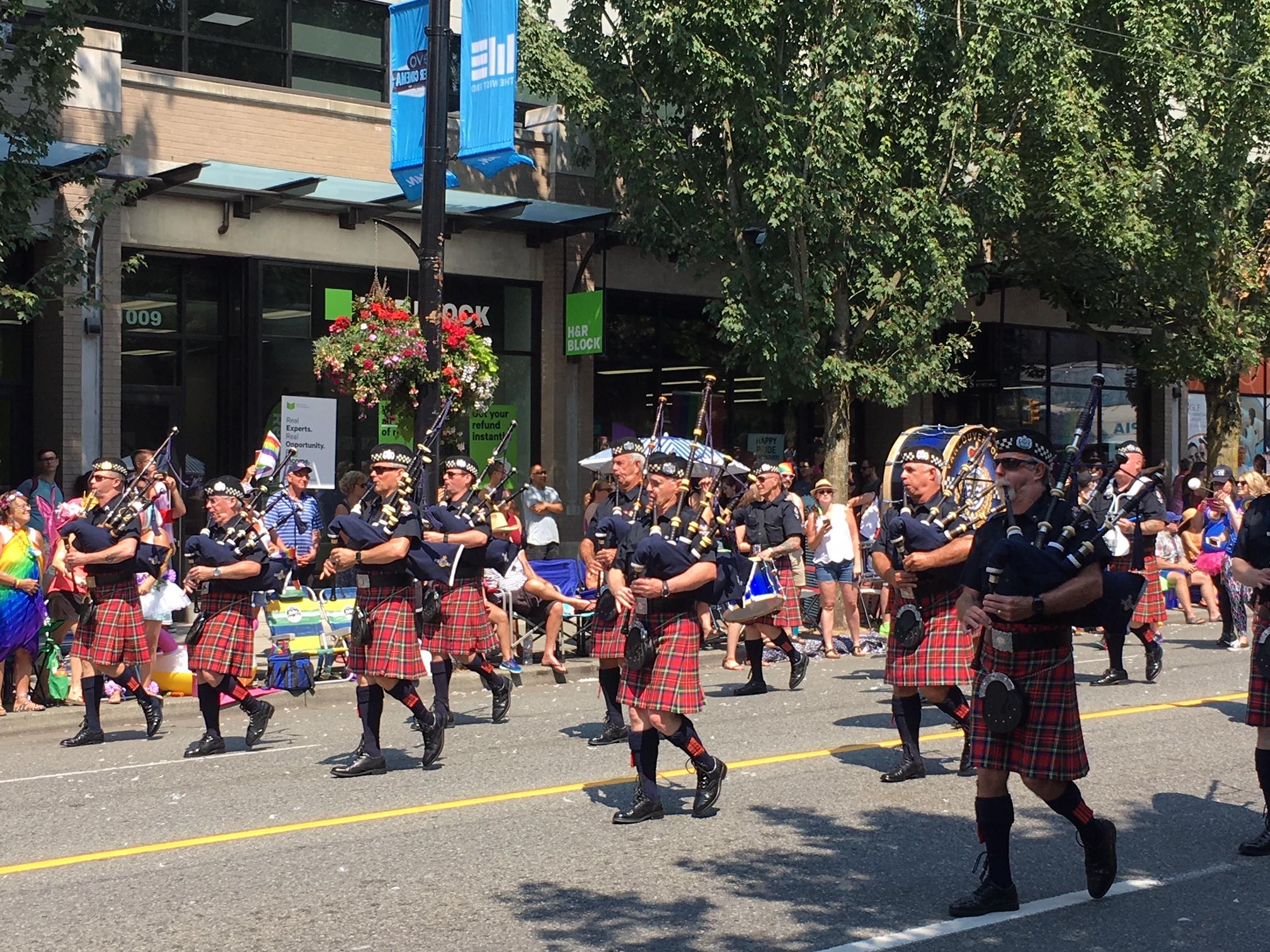 Vancouver Police Pipe Band has Pride! (Gordon Hu Photo)