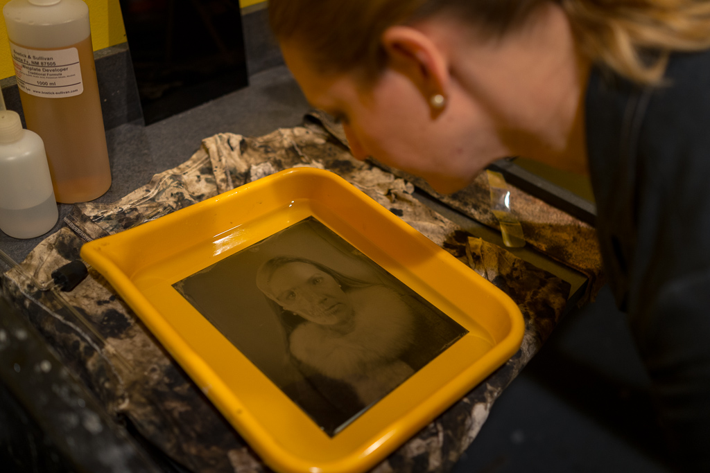Katie inspects her 8x10 tintype portrait