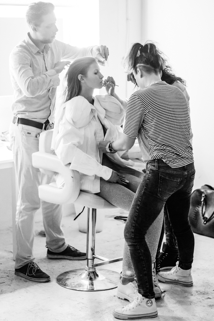 Photo session canalso be tailored.... - in a collaboration with make-up artist and a stylist.This option is recommended for models who already have natural pictures but want to stand out.Just drop me and email and we can create a plan!