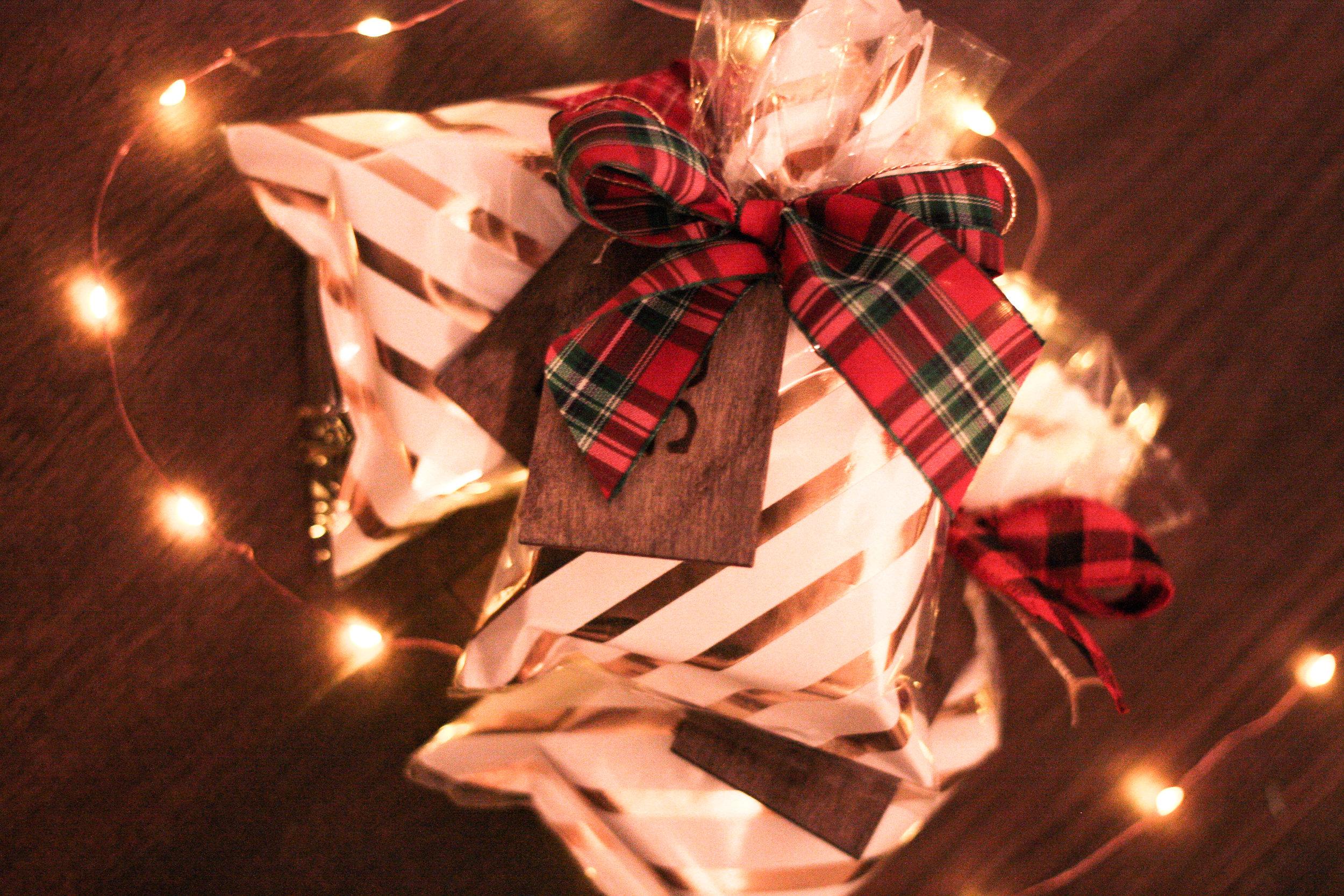kerry gilligan custom jewelry christmas 3.jpg